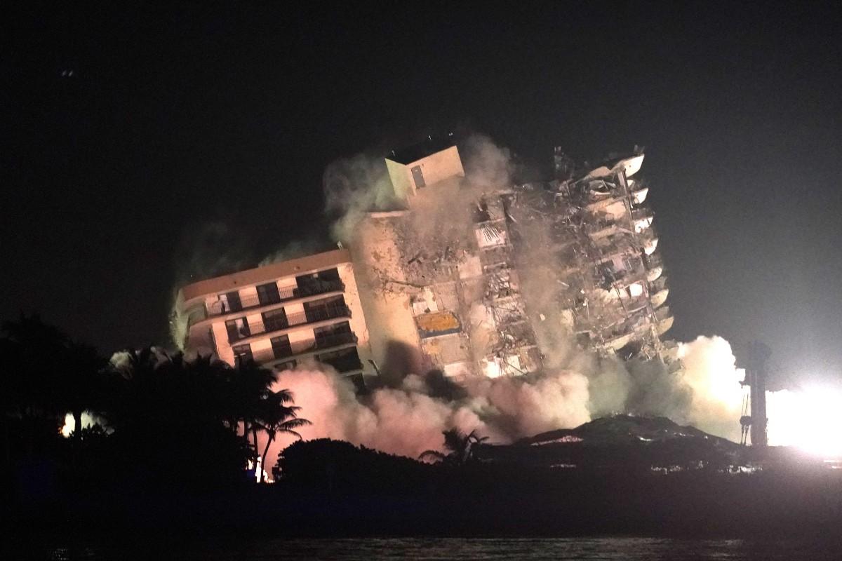 Olycksdrabbat hus i Miami revs