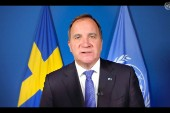 Löfven försvarar Sveriges coronastrategi i CNN