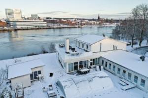 """Umeås dyraste villa någonsin till salu – slår alla rekord med hästlängder: """"Ett magiskt hus"""""""