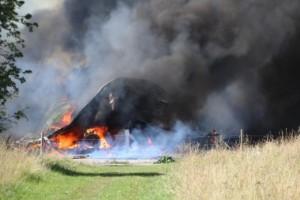 Brand i flera ladugårdar – hästar fick evakueras