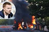 Fotbollsspelaren Sebastian Larssons bil i lågor – allmänheten varnades för giftig rök