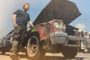 """""""Årets råttsoffa"""" fick 18 tvåor på besiktningen: """"Den här bilen har varit med om mycket"""""""