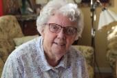 """Språket inget problem när Irene, 85, får hjälp: """"Vi kunde förstå varandra"""" • Hade egen lösning för svårighet"""