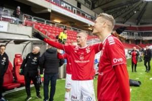 """""""Ingen dans på rosor att vara fotbollsproffs"""""""