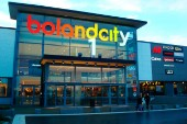 """Stor lågpriskedja öppnar i Bolandcity: """"En kunddragare"""""""