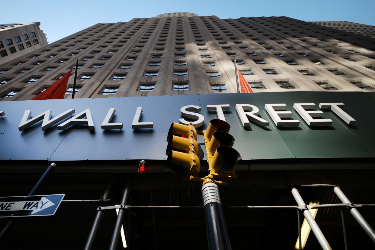 Wall Street gick åt olika håll