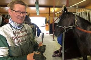 """Efter tusentals mil och flera säsongers hårt arbete – 71-åringen från Lauker tog första vinsten: """"Var säker på seger hela vägen"""""""