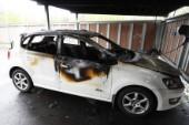 De misstänkta för bilbränderna har släppts – är fortfarande brottsmisstänkta