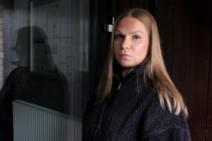 Alexandra, 28, bedrogs av sin bästis mamma – har i dag skulder på drygt 350000