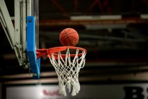 40-årig basketprofil kan göra ligadebut