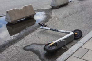 Inför tydligare krav mot elsparkcyklar