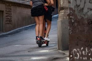 Nu ska fyllekörning på elsparkcykel stoppas